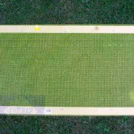 So sieht der fertige Varroa-Boden aus.